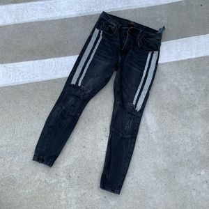 ZARA BLACK JEANS WITH SILVER CHAINS SIZE 31